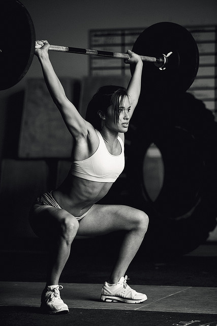 saminabox:  Girls that lift weights.