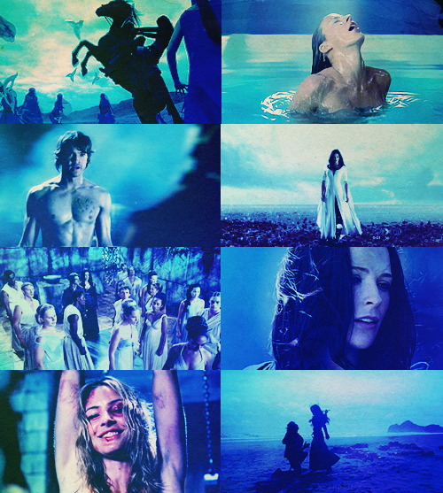 behindmylove:  Legend of the Seeker in blue requested by anon