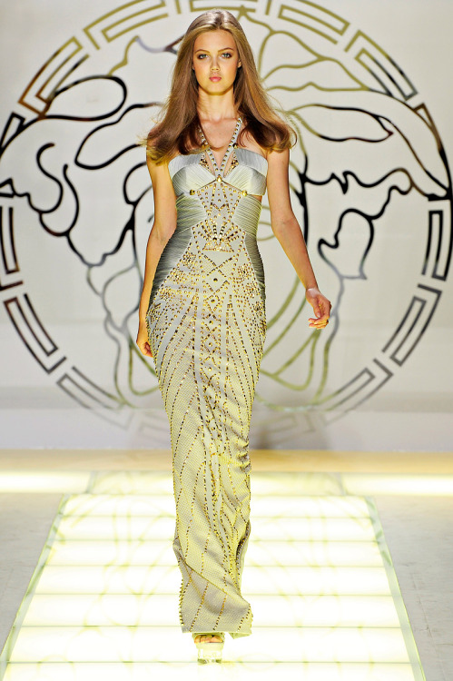theprincess-of-china:  Versace Spring 2012
