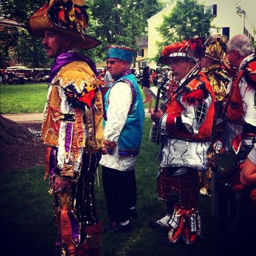 Bling costumes #reunions #prade (Taken with instagram)