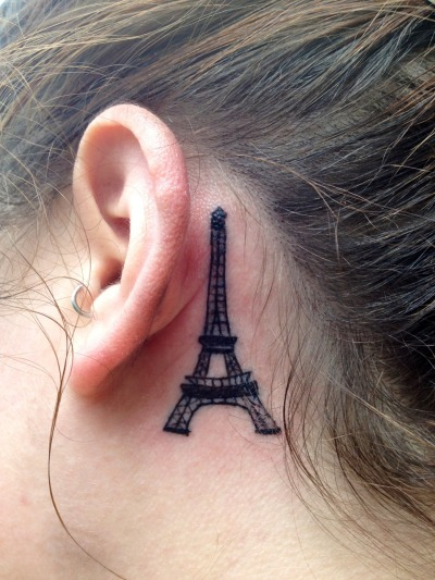 I am very fascinated by the Eiffel Tower and have spent alot of time over the years collecting Eiffel Tower items with my mom. I got this to remind me of the time we spent together and to showcase architectural beauty.