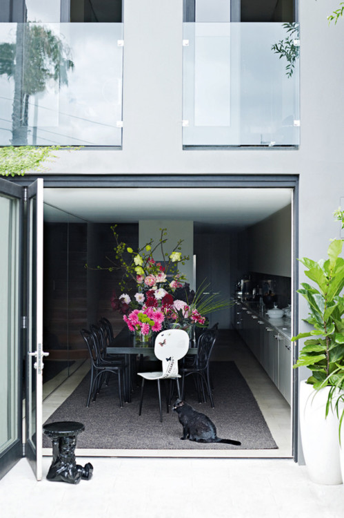 Source: Homelife Love those accordion doors and that dining space is to die for!. Also a fan of that cute furry extra on floor :)