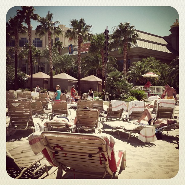 #vegas #vegasstrip #pool #beach #cabana #mandalaybay #hotel #casino  (Taken with Instagram at Mandalay Bay Pool-The Beach)