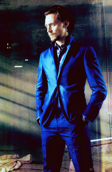 ivebeenloki-d:  [♛] 10/100 photos of Tom Hiddleston