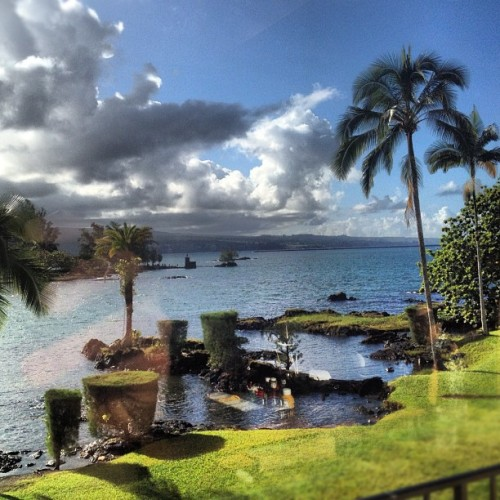 tonylasr:  #hilo bay #nofilter #instahawaii (Taken with instagram)