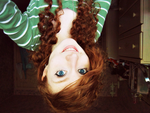 stef-shadows:  I'm upside down yet again!