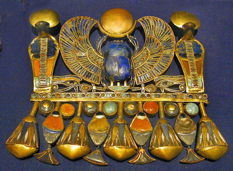 aboutegypt:  Ancient Egypt the tomb of TOUTANKHAMON Tutankhamen, Tutankhaten, Tutankhamon (by saamiblog)