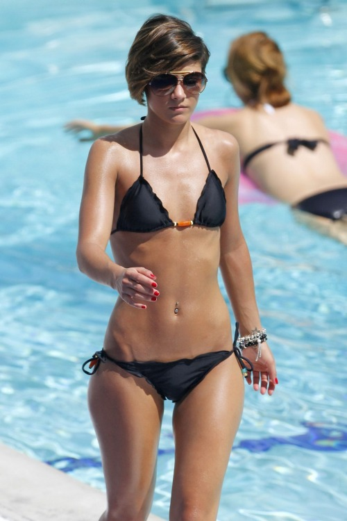 Frankie Sandford in sexy black bikinifree nude picturesLink to photo & video: bit.ly/IMadVK