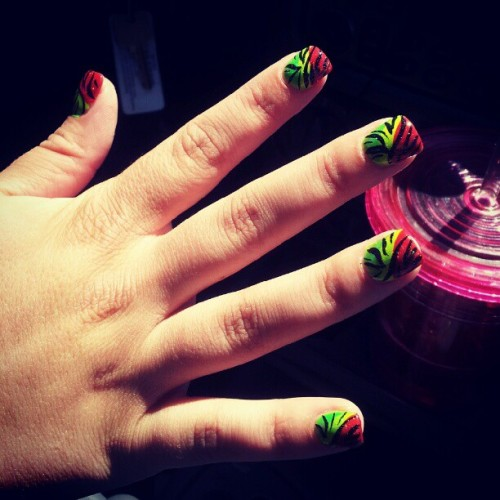 tawnyas dopee #rasta #zebranails :) #nailsnailsnails #nailswag #nailporn #nails #nailart #naildesign #nailaddict #naillove #swag #fashion #humluv  (Taken with instagram)