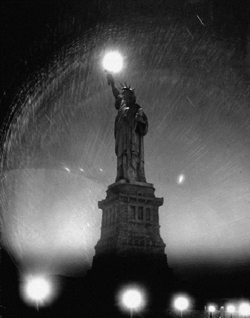 Statue of Liberty, 1942. Andreas Feininger