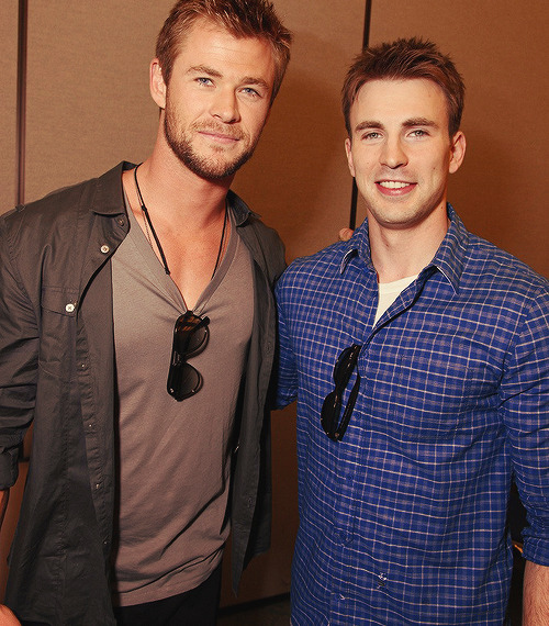 cchrisevans:   ⊻ 14/14 Pictures of Chris Hemsworth