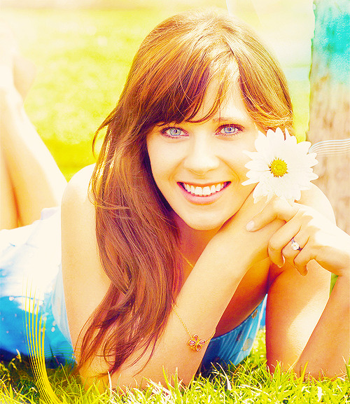 "ZOOEY DESCHANEL: ""Certain aspects of my personality are always going to come out on-screen. I guess that's just me - if they say I'm quirky, I'm quirky. It's better than being boring."""