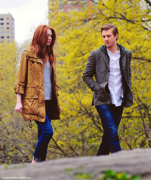 i want their coats. oh my lord, especially hers… i'm in love.