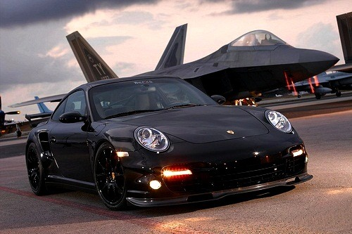 johnny-escobar:  Porsche 997TT & F22 Raptor via CMS