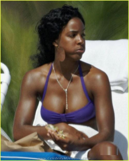 Kelly Rowland sunbathes in bikinifree nude picturesLink to photo & video: bit.ly/J3X0XU