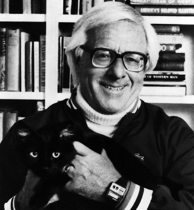 Rest In Peace: Ray Bradbury Has Left The Planet (via Geekologie)