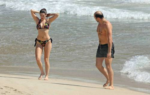 Kelly Brook caught in a wet tiny bikinifree nude picturesLink to photo & video: bit.ly/JhHwG5