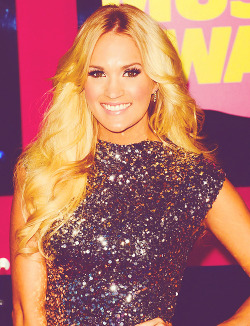 Carrie Underwood | At 2012 CMT Music Awards