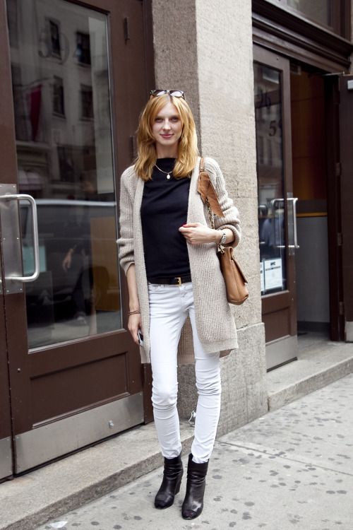 Olga Sherer (New York Models, NY) as spotted today outside her agency front door near Broadway and Houston.  I just wasn't going to get a clean shot on the street with pretty background bokeh, so this backdrop is good considering the circumstances.  Olga was cordial, friendly, and professional as usual.  Click HERE to go to the NY Models site.