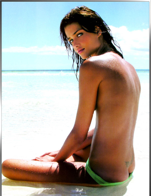 Ana Beatriz Barros topless & see-through photosfree nude picturesLink to photo & video: bit.ly/JiBDIv