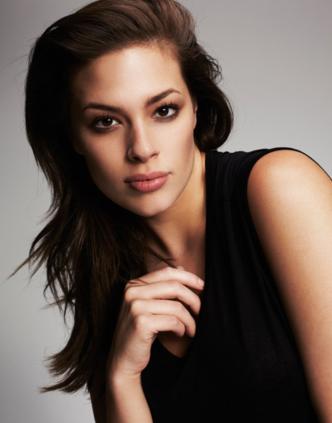 MODEL WE LOVE: Ashley Graham (Ford Model - Size 16) Photo by Michael Schwartz for Madison Plus For more full-figured fashion inspiration, please visit our page CURVY GAL PH. Join the Curvy Revolution!