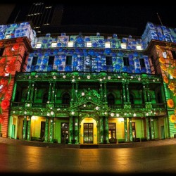It's the last Thursday of #vividsydney and it couldn't be better weather for it! By: Craig Jewell (Taken with instagram)