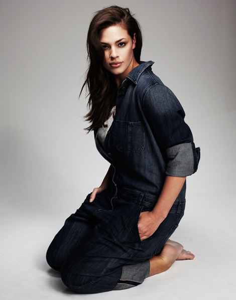 MODEL WE LOVE: Ashley Graham posing for Madison Plus Photo by: Michael Schwartz Being big is beautiful. It means you have a big heart! ;)