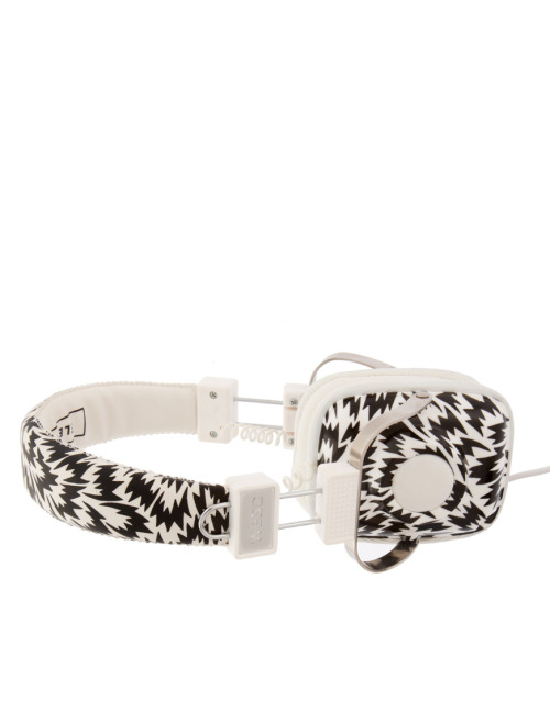 Eley Kishimoto HeadphonesMore photos & another fashion brands: bit.ly/JlmyAR
