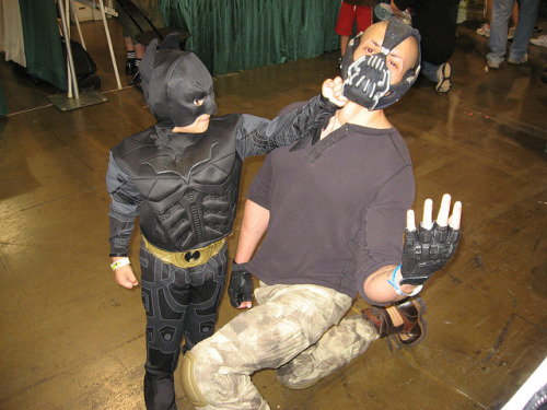 somethingsforyoutolookat:  Batman Bashes Bane!!! by MorpheusBlade on Flickr.