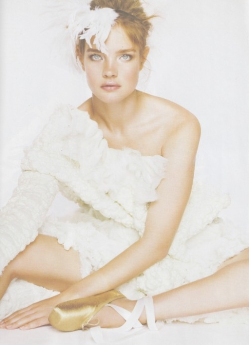 "Natalia Vodianova ""Star Girls"" in British Vogue December 2010 by Mario Testino"