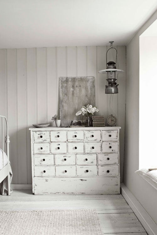 unembellishedthought:  that dresser.