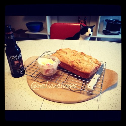 (via Noms: Honey Beer Bread (Instagram-ification))