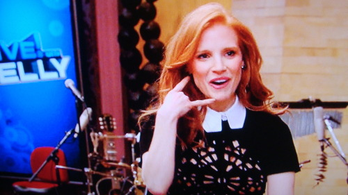 danceyrselfclean:  Jessica Chastain getting her Call Me Maybe vibe on at Live With Kelly (6/7/12)…yes this was her intro music and she worked it.  LOVE IT.  Love her.