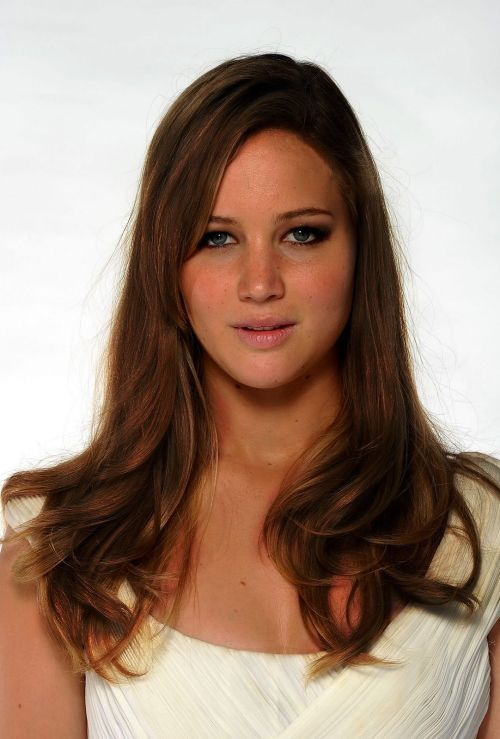 Jennifer Lawrence as Sydney Willis. Submitted by: the blog itself.