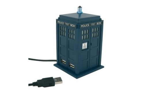A TARDIS USB hub. It's perfect. [via Tecca]