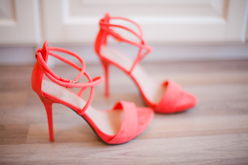 maybelline:  Step it up in these strappy coral heels.  I want these shoes!!!