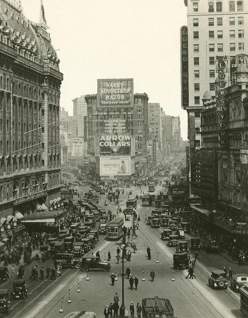 saccharinenostalgia:  New York City, 1923