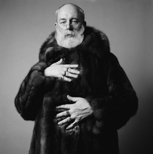 Edward Gorey. 1925-2000. Vía richardcorman.com.