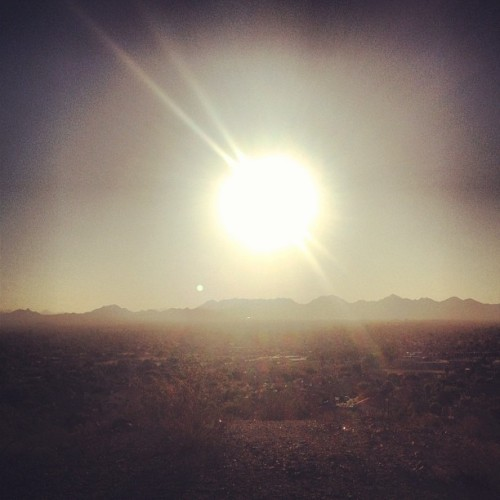 Good #morning, #Phoenix. #mountain #arizona #instagramaz #sunrise #run #happy  (Taken with Instagram at Shadow Mountain Preserve)