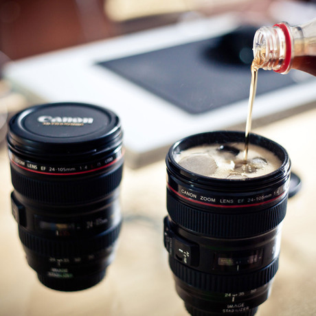 explore-blog:  For the shutterbug in your life, a camera lens mug.  ZOMG, I want I want I want!