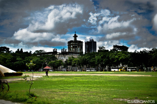 isofreak:  Enhanced version of the previous one. :)  University of Santo Tomas