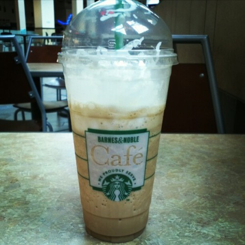 Yummy! #starbucks #coffee  (Taken with Instagram)
