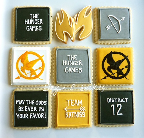 prettycraftythings:  The Hunger Games cookies by Lizybbakes