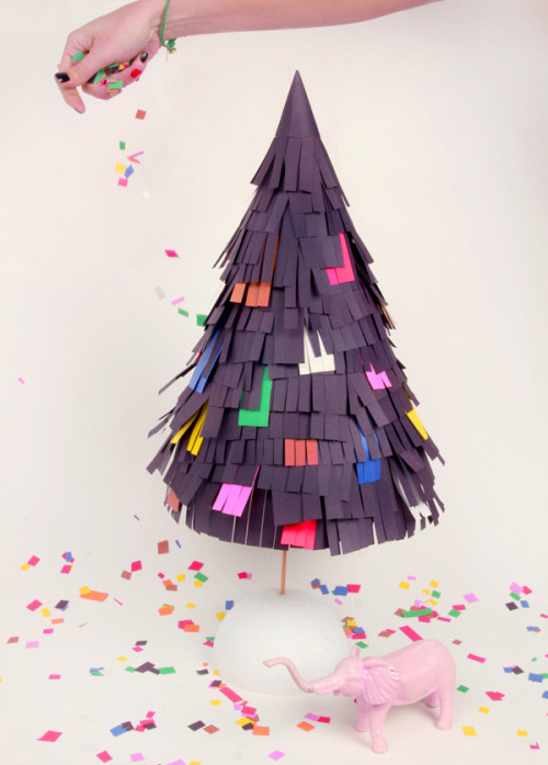 DIY pinata tree via Anthology