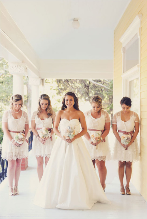 A gaggle of bridesmaids has always appealed think grown up flower girls, white thigh length dresses with flowers in free flowing hair. Kate Moss-esque maybe or a little more formal as the wedding chicks above, adding a splash of colour with mismatched bouquets or a younger flower girl or two in brighter silk numbers.