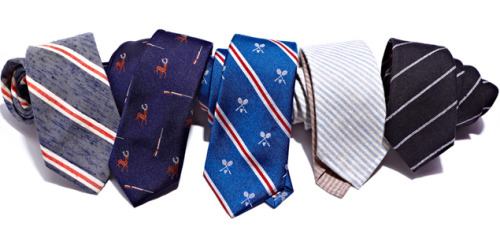 Exclusive First Look: Park & Bond Makes Father's Day Ties Worth Giving A tie has always been the de facto gift for dad on Father's Day, but unfortunately the holiday has turned into a dumping ground for some of the world's worst knots. It's time to change that.