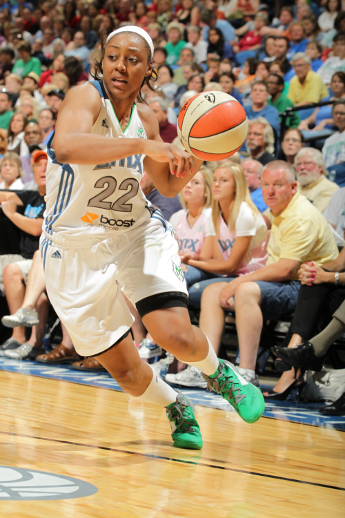 Monica Wright substituted Seimone Augustus in last night's lineup against the Storm. Augustus, out with a right quad strain, watched from the bench. (Photo by David Sherman)