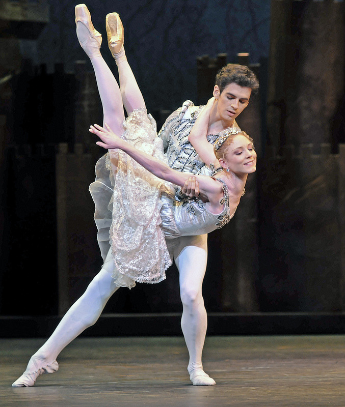 theballetblog:  Sarah Lamb and Federico Bonelli