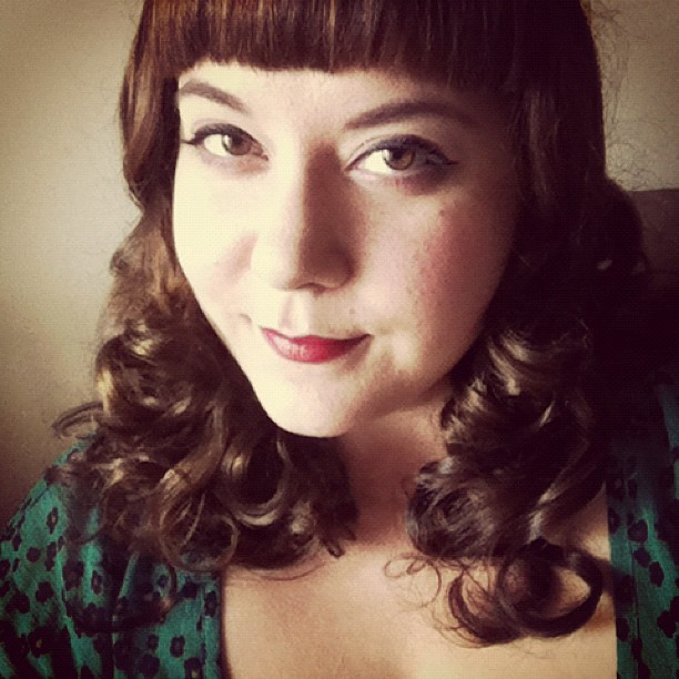 hotsytotsy:  I prefer curls. #curls #hair #hairdo (Taken with Instagram)