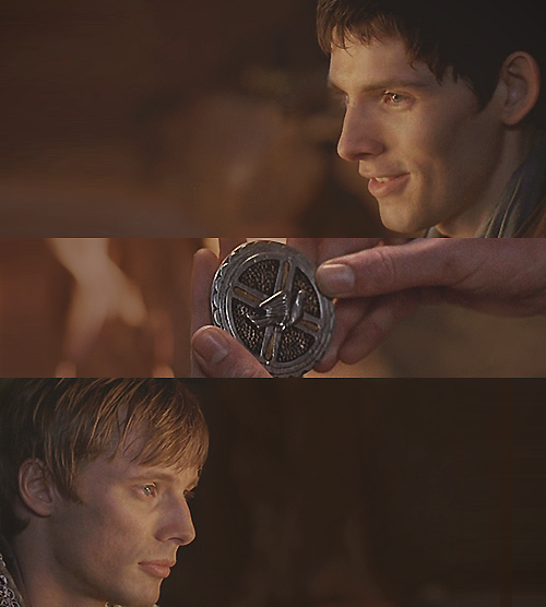 cumberass:  This belonged to my mother; it bears her sigil. Just… take it.